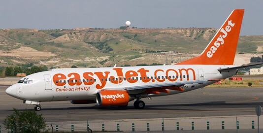 aereo EasyJet in pista